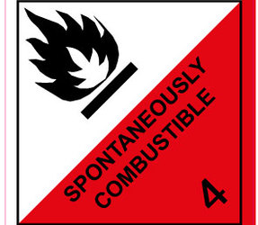 IATA 4.2 spontaneously combustible label, 100mm x 100mm, 1.000 labels, core 76mm