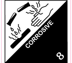 IMO 8 Corrosive label, 100mm x 100mm, 1.000 labels, core 76mm